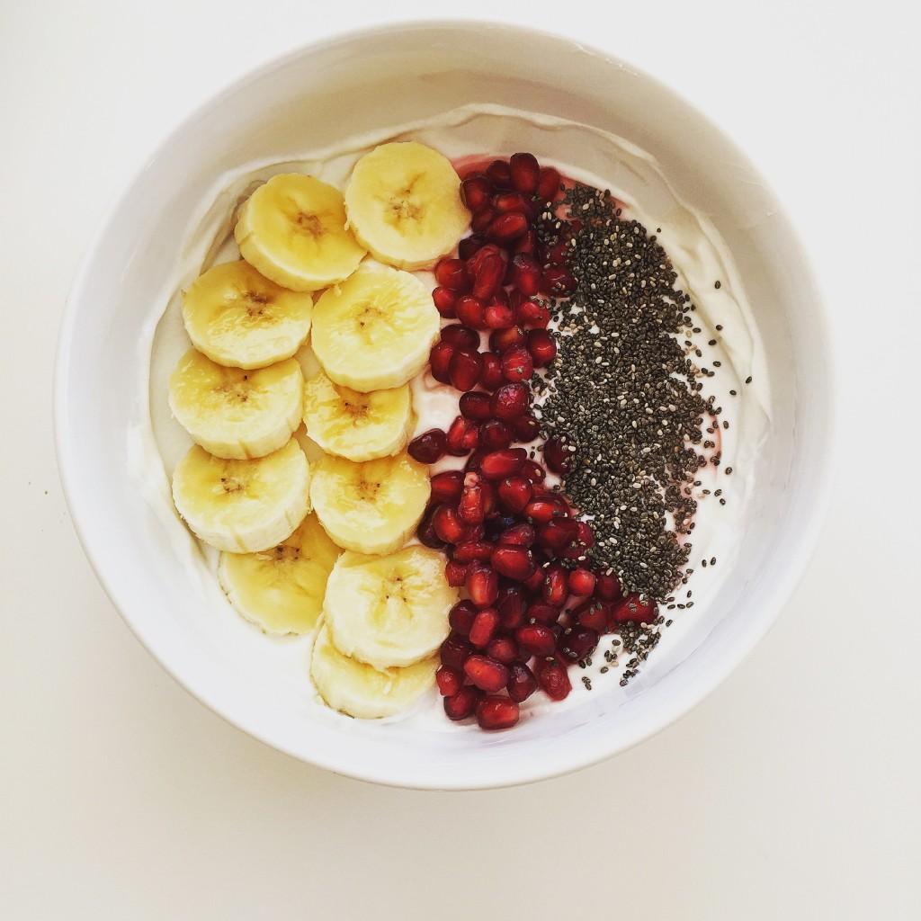 banana yogurt bowl